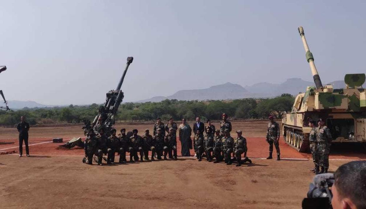 INDIAN FORCES TEST-FIRE HEAVY ARMAMENT INCLUDING FIRST NEW ARTILLERY SINCE BOFORS