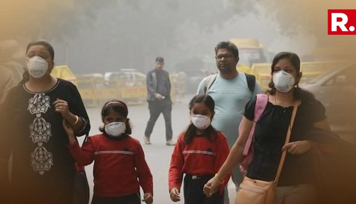 Delhi's Air Quality Remains Severe Due To Unfavourable Weather Conditions, Stubble Burning