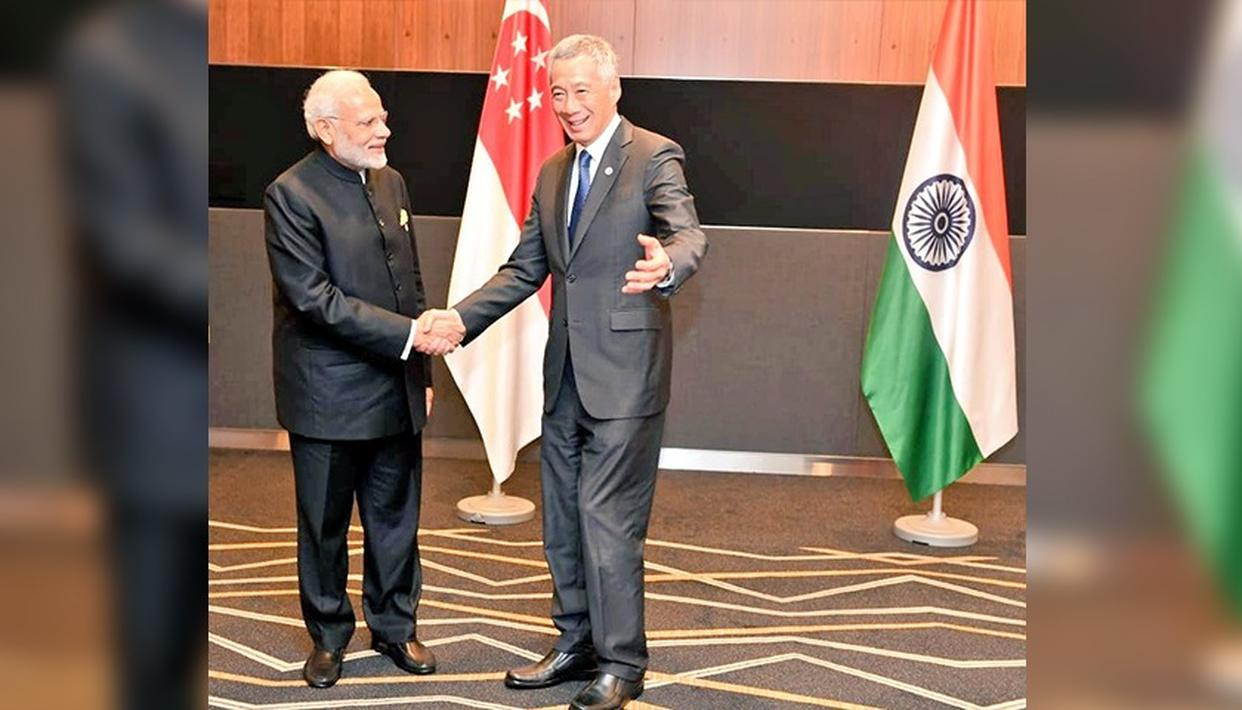 PM MODI HOLDS TALKS WITH SINGAPORE'S PRIME MINISTER LEE HSIEN LOONG