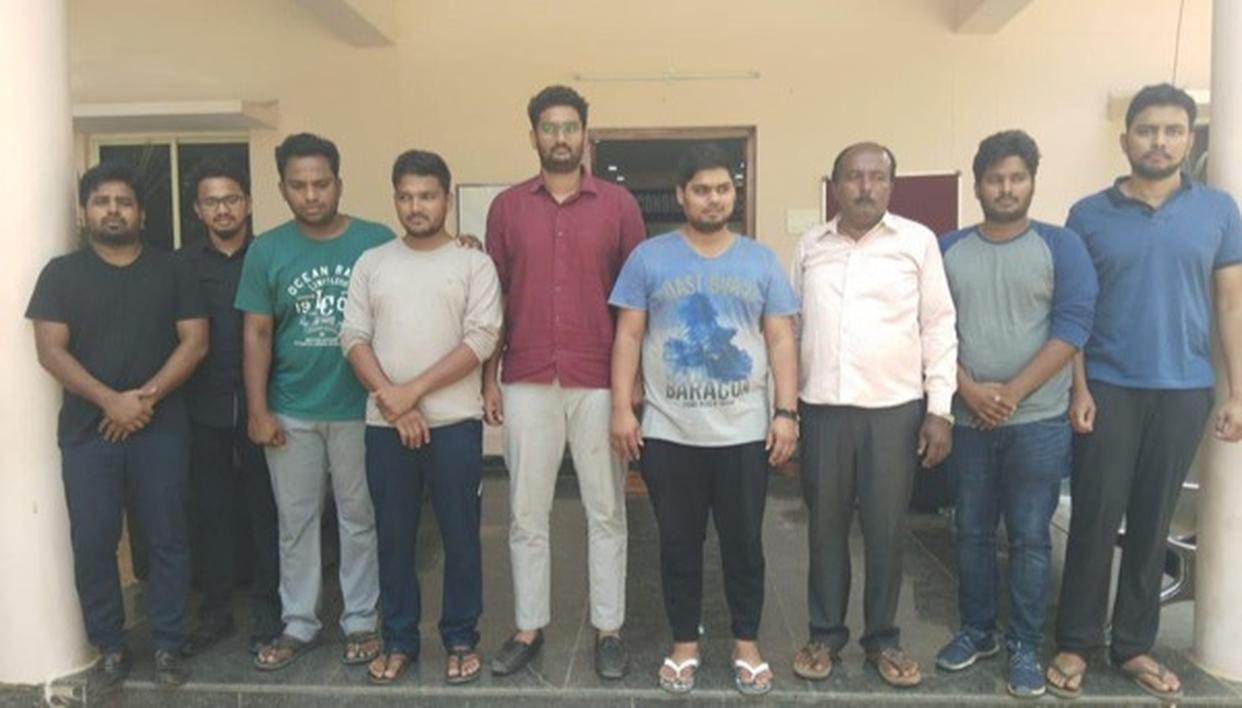 FOUR IIT DROPOUTS AMONG NINE ARRESTED FOR SCAM IN HYDERABAD