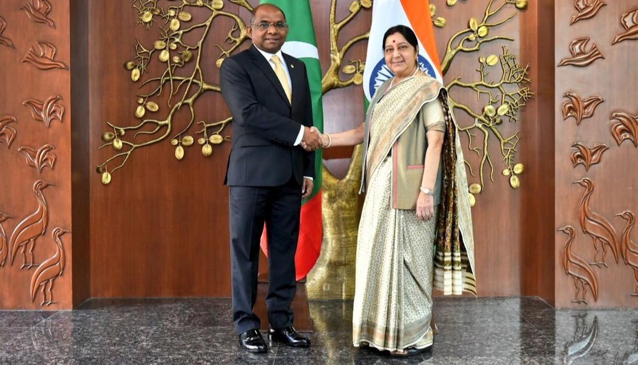 SWARAJ MEETS MALDIVIAN FOREIGN MINISTER