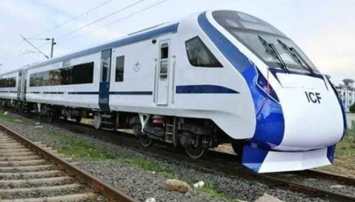 INDIA'S FIRST ENGINE-LESS TRAIN SETS NEW SPEED RECORD