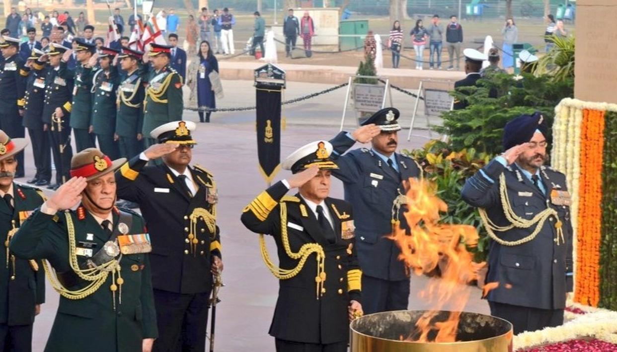 'SAM NO VARUNAH, JAI HIND': INDIA CELEBRATES NAVY DAY; PM MODI, PRESIDENT KOVIND GREET MARITIME GUARDIANS