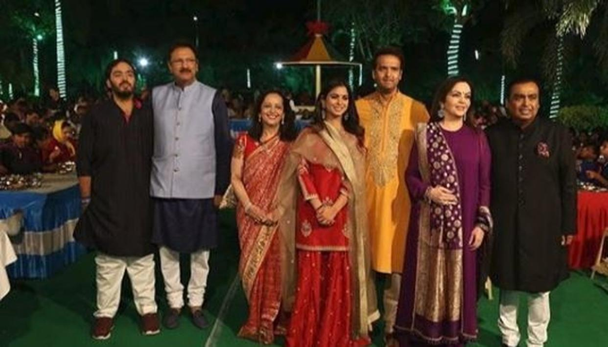 WATCH: Ambani and Piramal families perform 'Anna Seva' in Udaipur ahead of pre-wedding celebrations