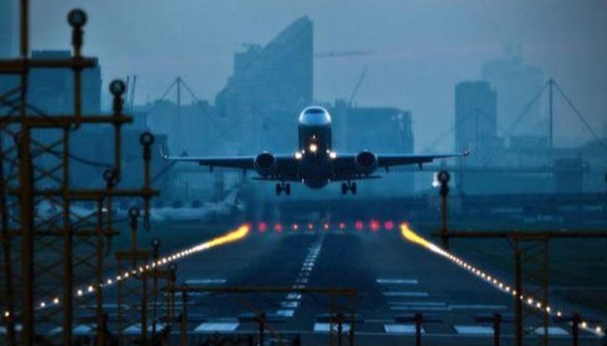 INDIGO FLIGHT GROUNDED IN MUMBAI AFTER WOMAN WARNS OF BOMB THREAT