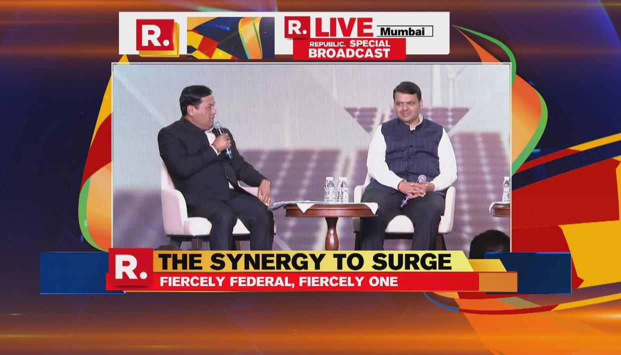 REPUBLIC SUMMIT 2018 | CMs DEVENDRA FADNAVIS - SARBANANDA SONOWAL ADVICE EACH OTHER ON SYNERGY TO SURGE