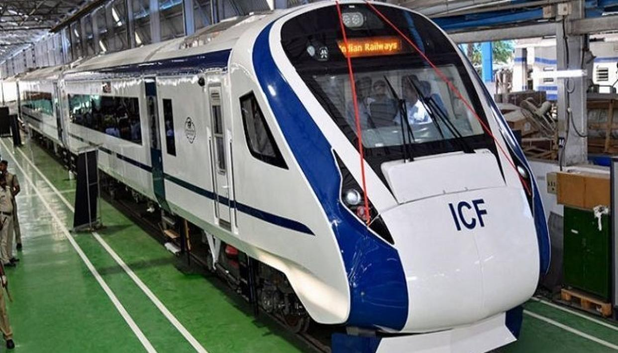 180 KMPH TRAIN 18 TO FLAG OFF ON DECEMBER 29