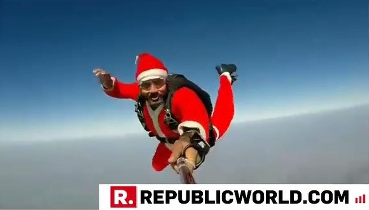 WATCH | CHRISTMAS SPECIAL: INDIAN PARATROOPER COMMANDO DRESSED AS SANTA CLAUS JUMPS OUT FROM THE PLANE