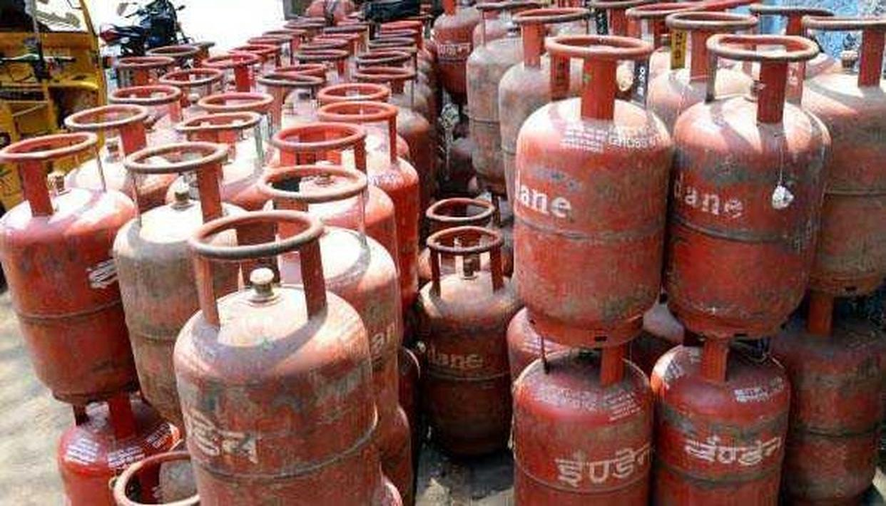 SUBSIDISED LPG PRICE CUT BY RS 5.91; NON-SUBSIDISED RATE REDUCED BY RS 120.50