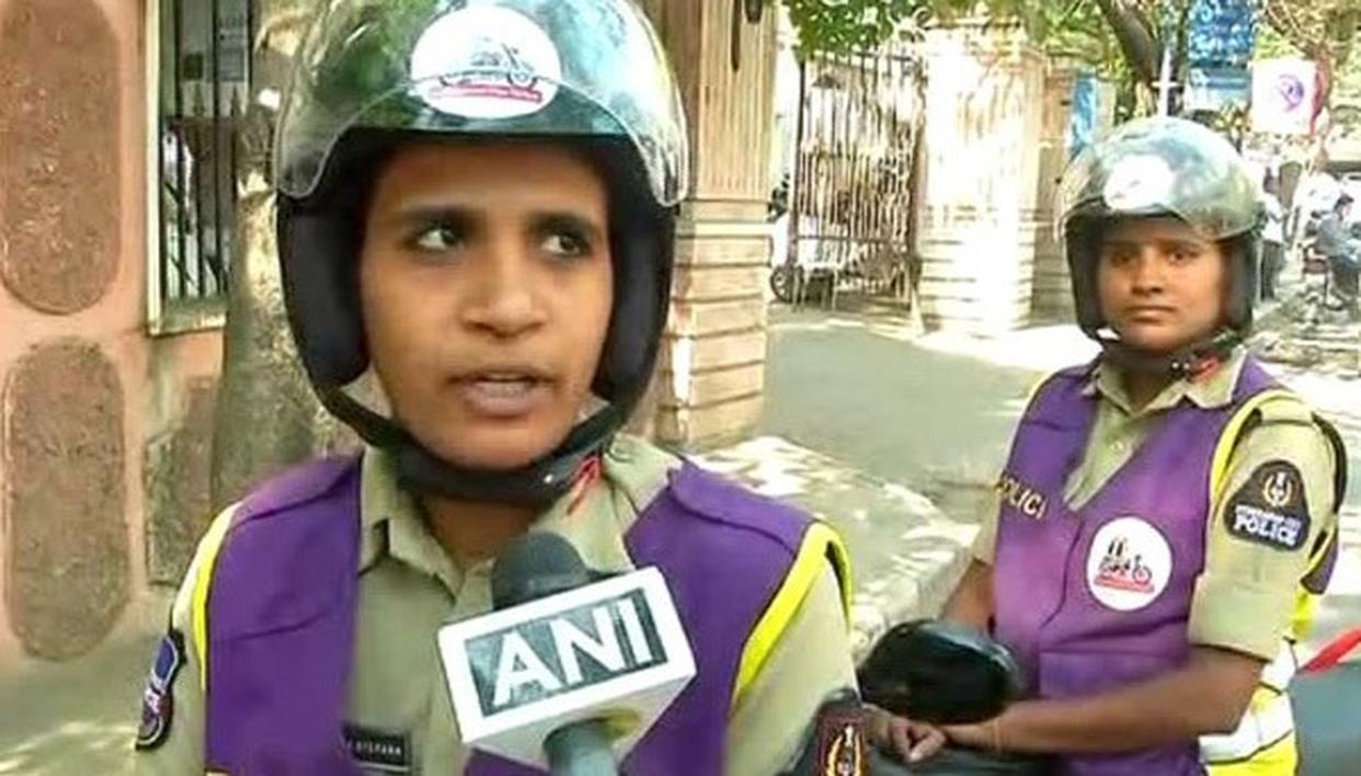 FEMALE COPS TO NOW PATROL STREETS IN HYDERABAD TO COMBAT CRIMES