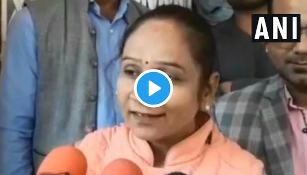 """VIRAL   """"I AM BAAP OF ALL MINISTERS"""", SAYS BSP MLA RAMABAI"""