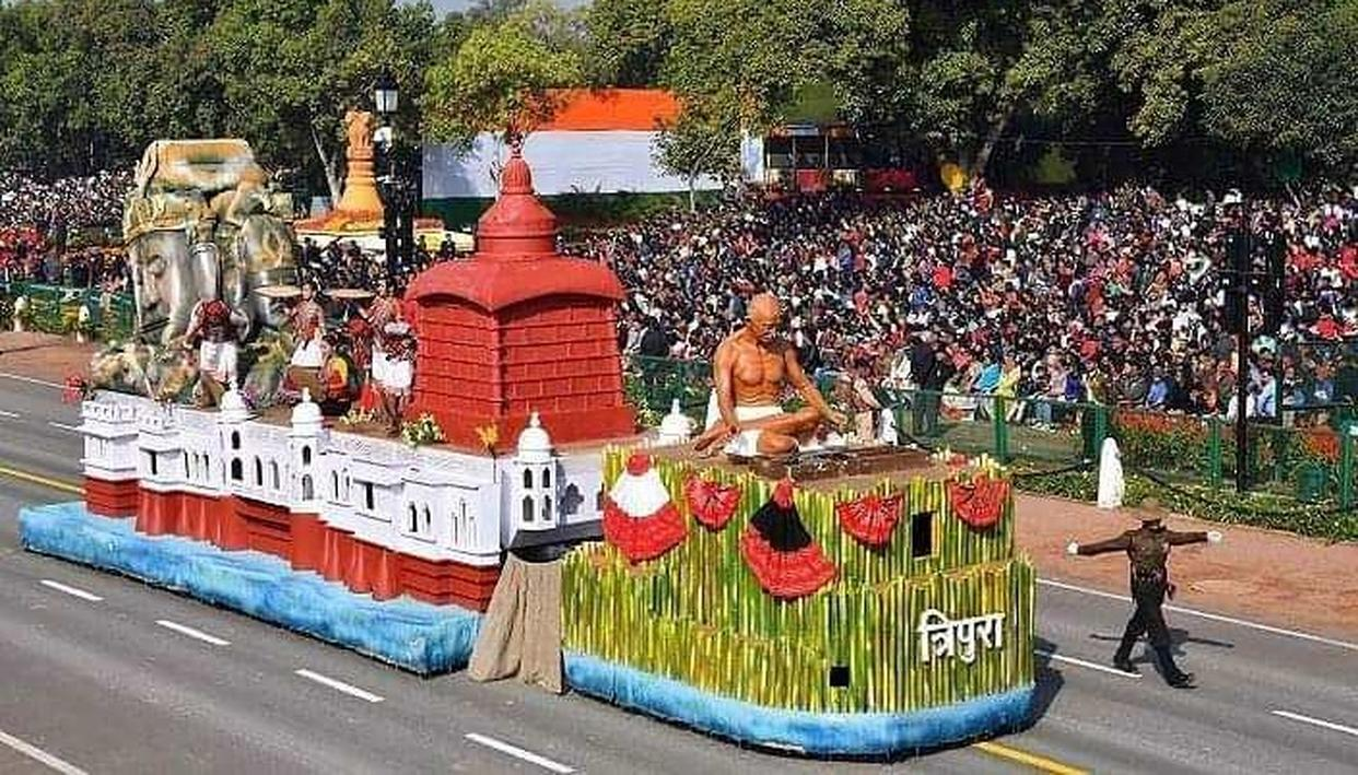 REPUBLIC DAY PARADE 2019: TRIPURA BAGS BEST TABLEAU AWARD