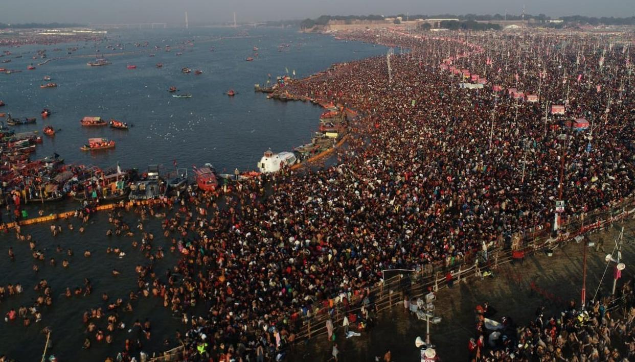 DEVOTEES PREFER EARLY-MORNING DIP AT KUMBH TO AVOID RUSH, REACH BACK HOME IN TIME