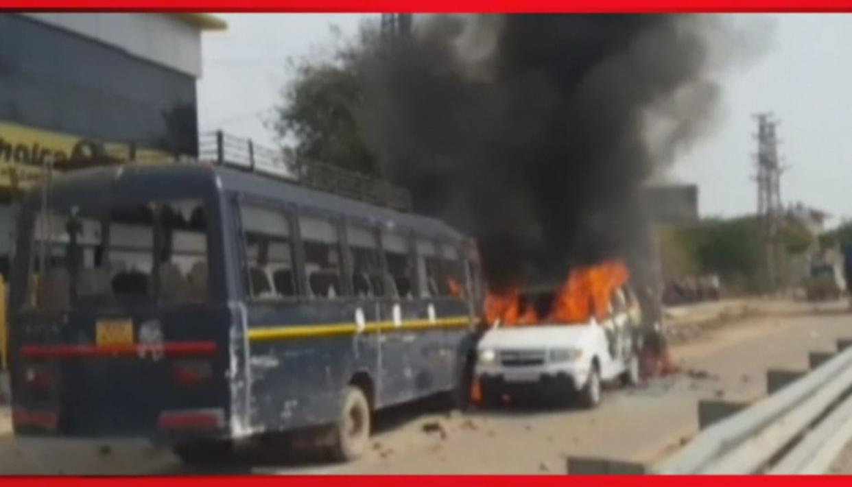 VISUALS | GUJJAR PROTEST OVER QUOTA TURNS VIOLENT, PROTESTORS SET ABLAZE POLICE JEEP AND BUS