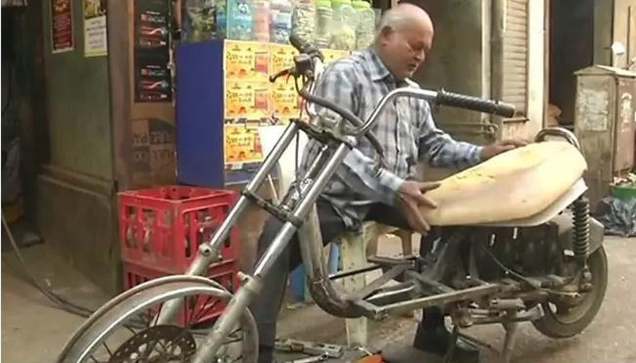 "60-YEARS-OLD DIFFERENTLY-ABLED MAN BUILDS ""E-BIKES"" BY RECYCLING E-WASTE"