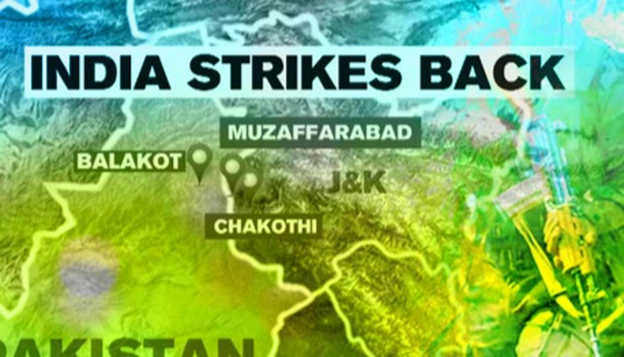 INDIAN ARMY DESTROYS 5 PAK ARMY POSTS AFTER CEASEFIRE VIOLATION