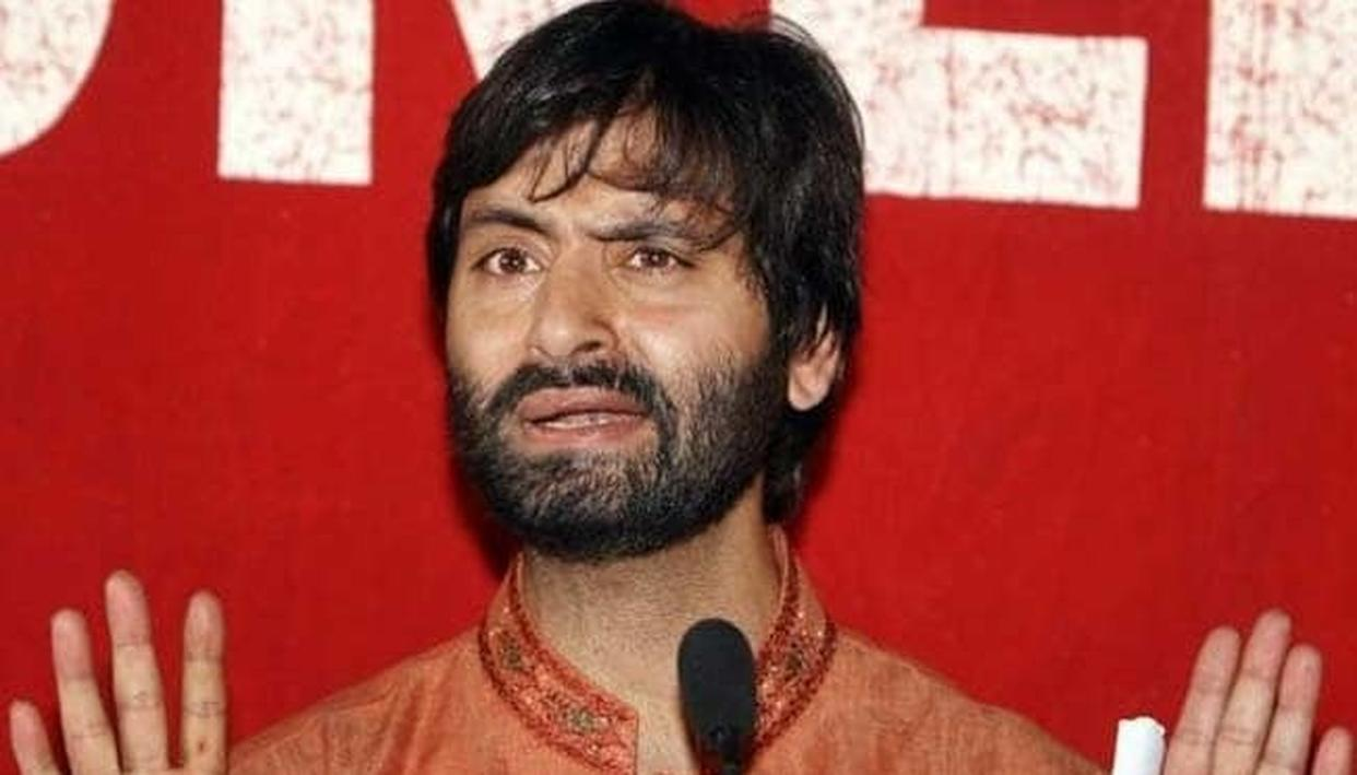 NIA RAIDS RESIDENCE OF YASIN MALIK, MIRWAIZ UMAR FAROOQ & 5 OTHER SEPARATISTS IN VALLEY, RECOVERS INCRIMINATING DOCUMENTS