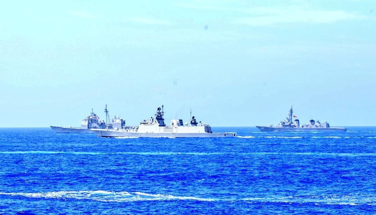 PAK INDULGING IN PROPAGANDA, OUR DEPLOYMENT UNAFFECTED: INDIAN NAVY