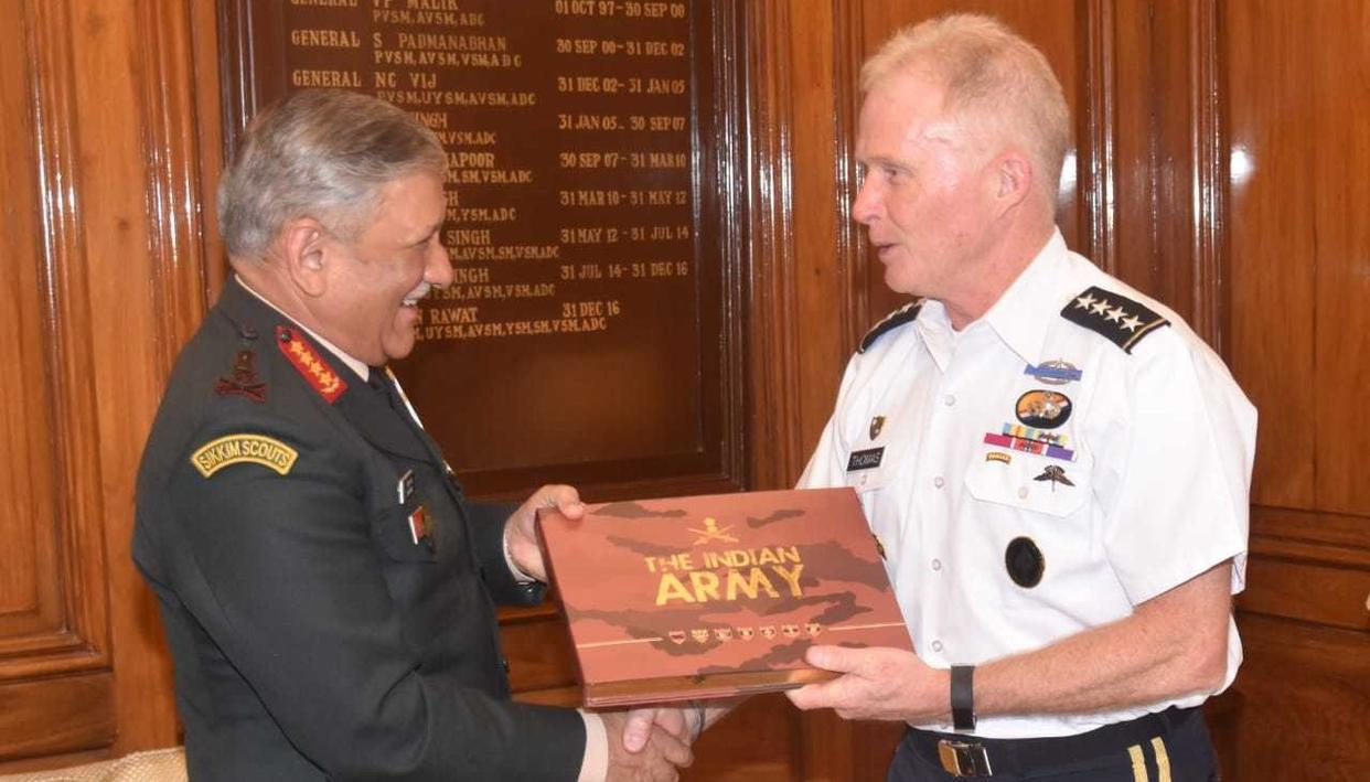 COAS GENERAL BIPIN RAWAT MEETS COMMANDER OF USSOCOM GENERAL RAYMOND A THOMAS III, DISCUSSES ISSUES OF STRATEGIC & MUTUAL CONCERN