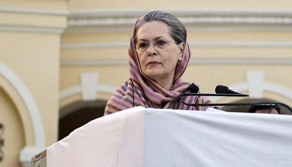 FAR FROM RETIREMENT, SONIA GANDHI TO BE 'BINDING FORCE' TO BUILD ANTI-MODI ALLIANCE: LEADERS