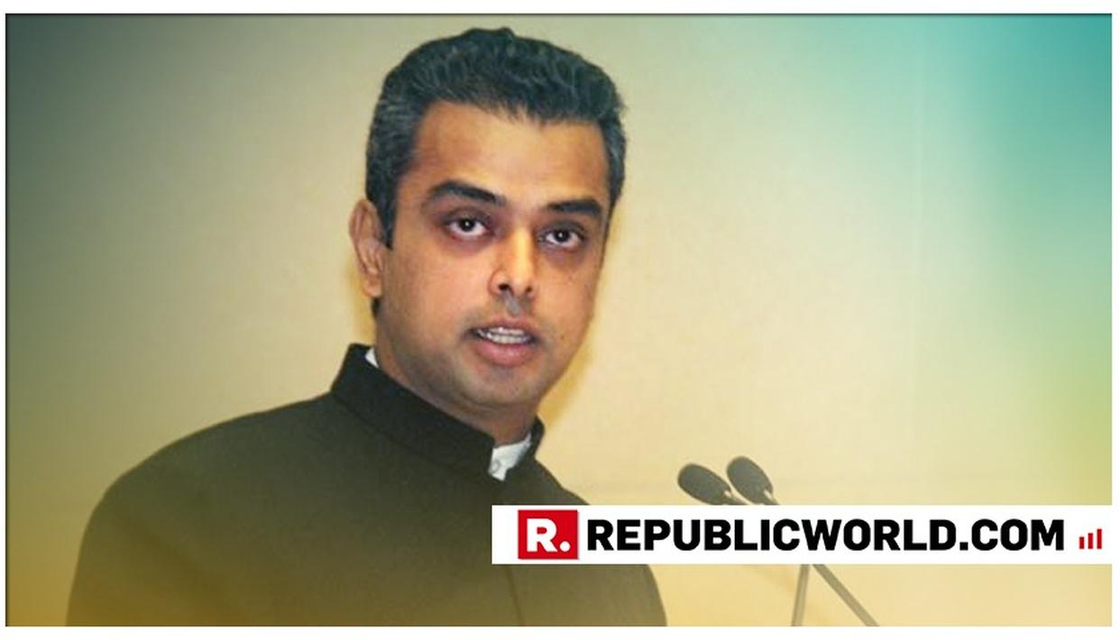 """ELECTION SHOULD BE FOUGHT ON DEVELOPMENT ISSUES, NOT ON EMOTIONAL"", SAYS CONGRESS' MILIND DEORA"