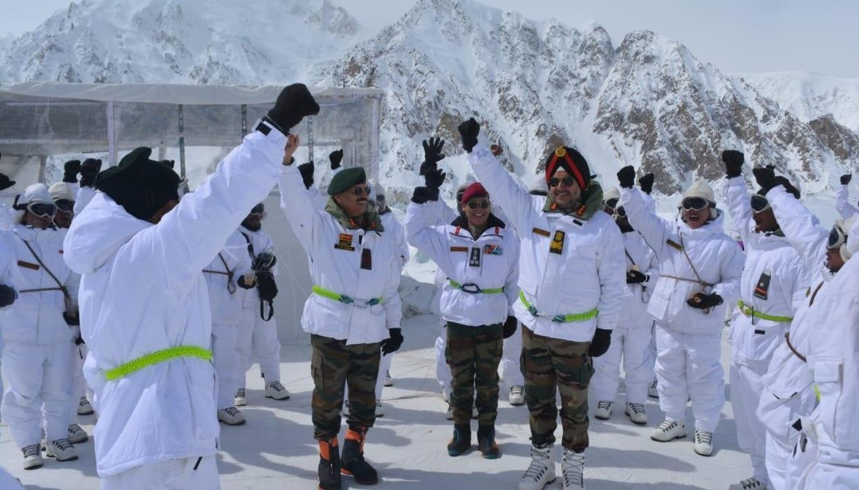 LT GEN RANBIR SINGH LAUDS 'SIACHEN WARRIORS' ON HIS VISIT TO THE WORLD'S HIGHEST BATTLEFIELD
