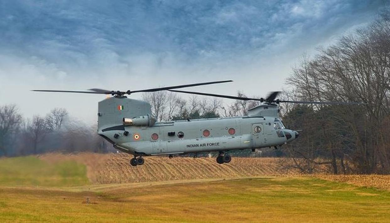 IAF TO INDUCT FIRST 4 OF ITS 15 CHINOOK HELICOPTERS; HERE IS ALL YOU NEED TO KNOW ABOUT  THE MILITARY AIRCRAFT