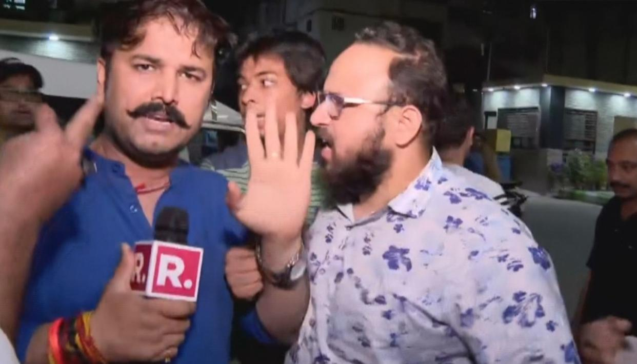SHOCKING: REPUBLIC TV'S CREW HECKLED, ATTACKED AT I-T RAIDS SITE IN NEW DELHI
