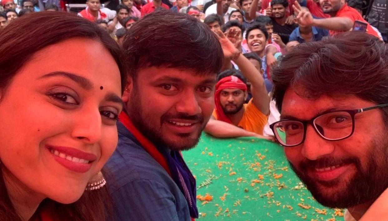 WATCH: SWARA BHASKER GIVES HER FIRST POLITICAL SPEECH IN BEGUSARAI SUPPORTING CPI CANDIDATE KANHAIYA KUMAR
