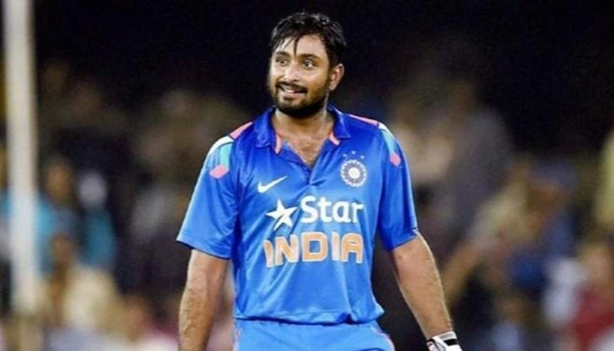 NO ACTION ON RAYUDU FOR SARCASTIC TWEET: BCCI OFFICIAL