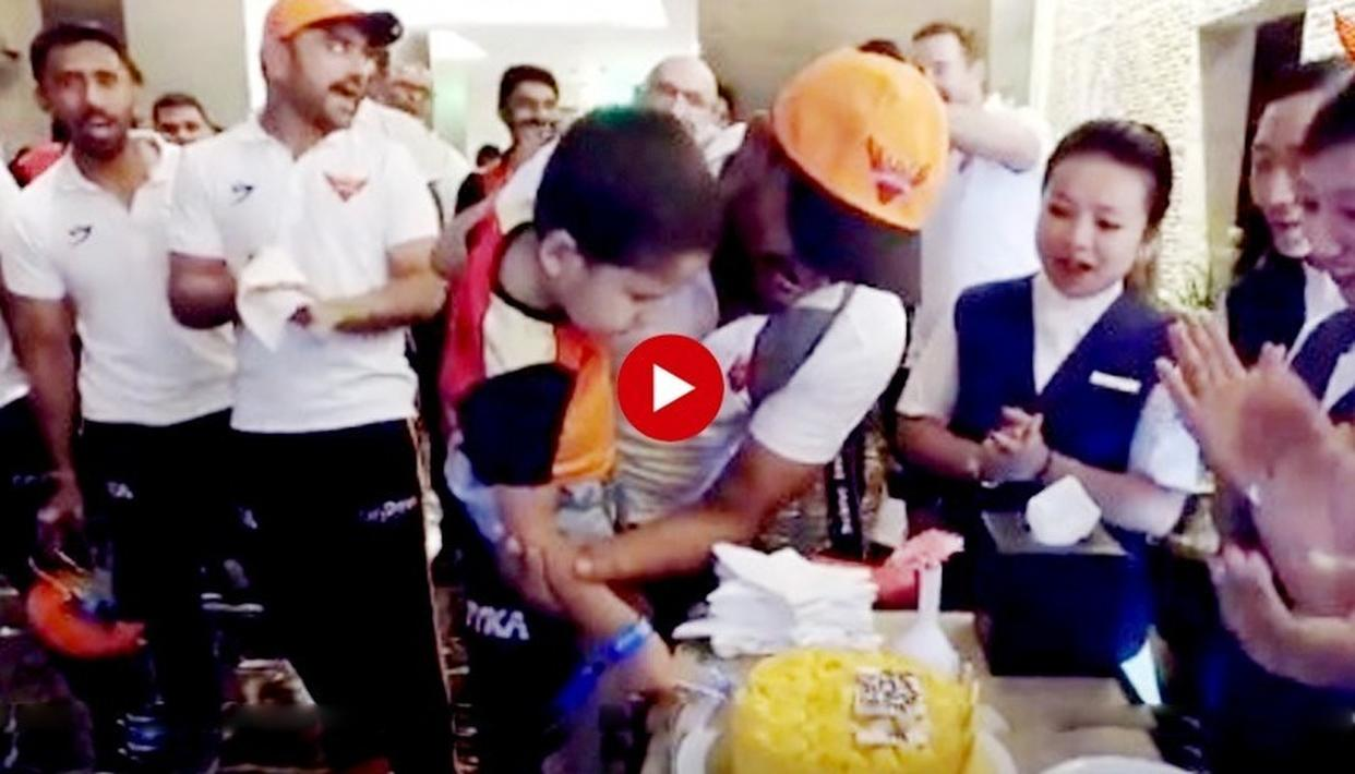 WATCH: AFTER KHALEEL AHMED GOT 'CAKED' FOR HIS 'MAN OF THE MATCH' PERFORMANCE, HERE'S WHY CELEBRATIONS IN THE SUNRISERS HYDERABAD CAMP DOUBLED