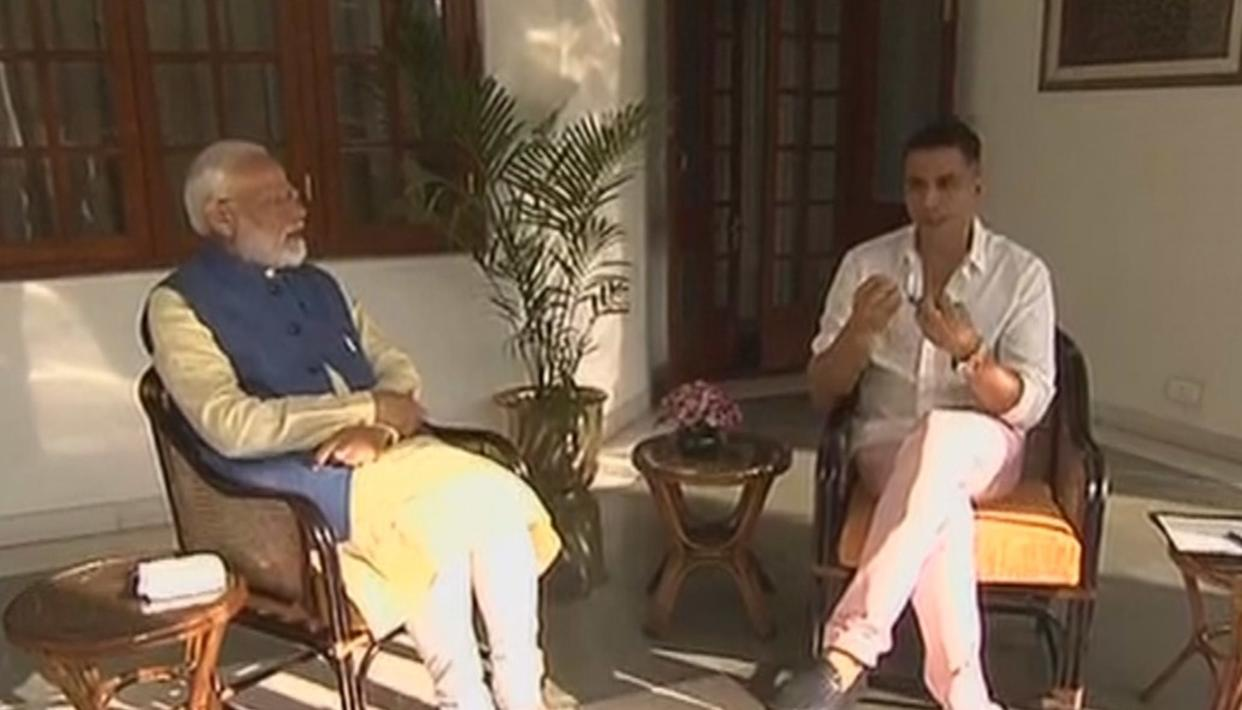 WATCH: PM MODI REVEALS HOW HE USED TO TACKLE THINGS THAT MADE HIM ANGRY WITH A PEN AND PAPER