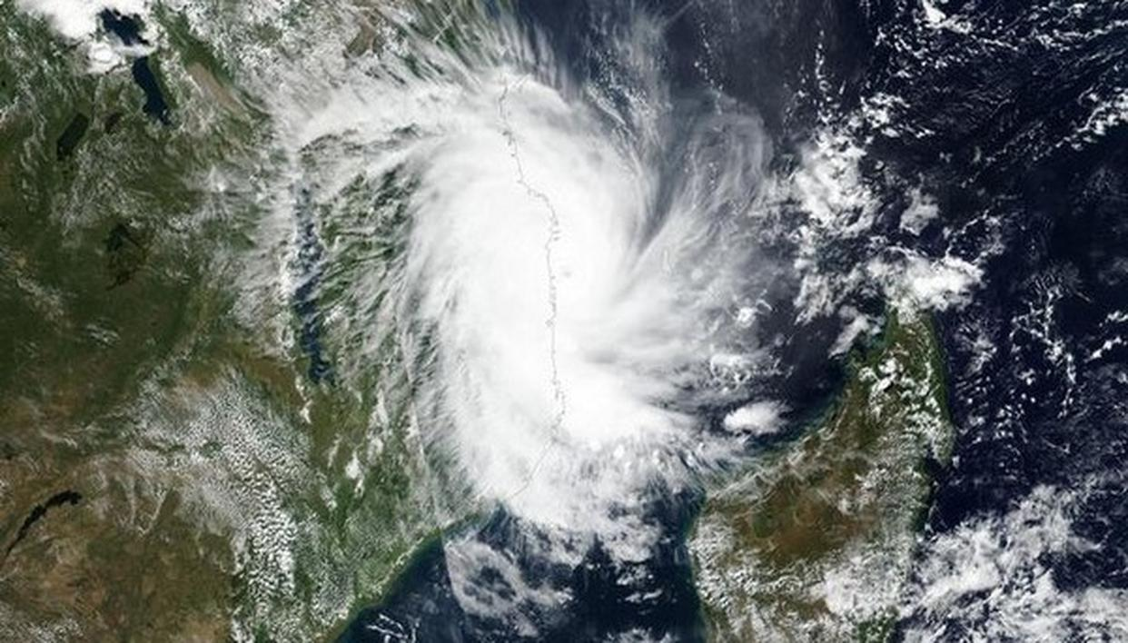 CENTRE ORDERS RELEASE OF RS 1,086 CR TO 4 STATES AS ADVANCE ASSISTANCE FOR CYCLONE 'FANI'