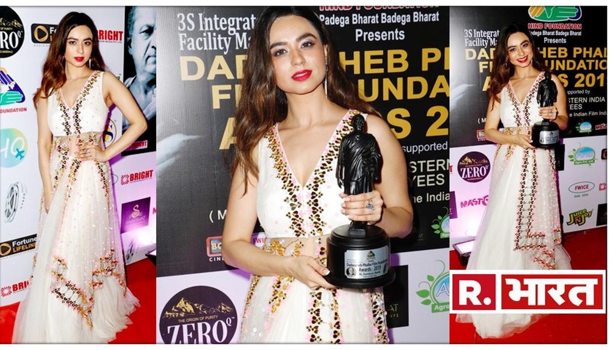 सौंदर्या शर्मा ने जीता दादा साहेब फाल्के पुरस्कार, बनी फेस ऑफ दी ईयर