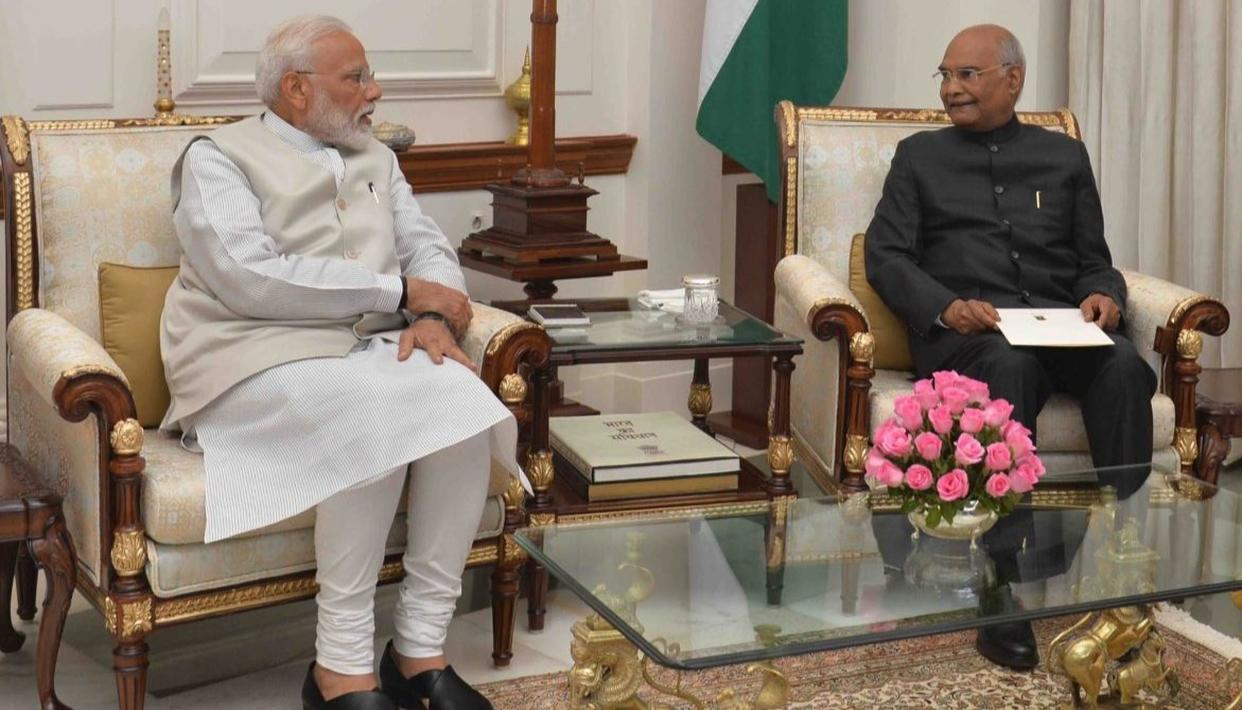 PM NARENDRA MODI TENDERS RESIGNATION TO PRESIDENT KOVIND AS UNION CABINET PASSES RESOLUTION TO DISSOLVE THE 16TH LOK SABHA