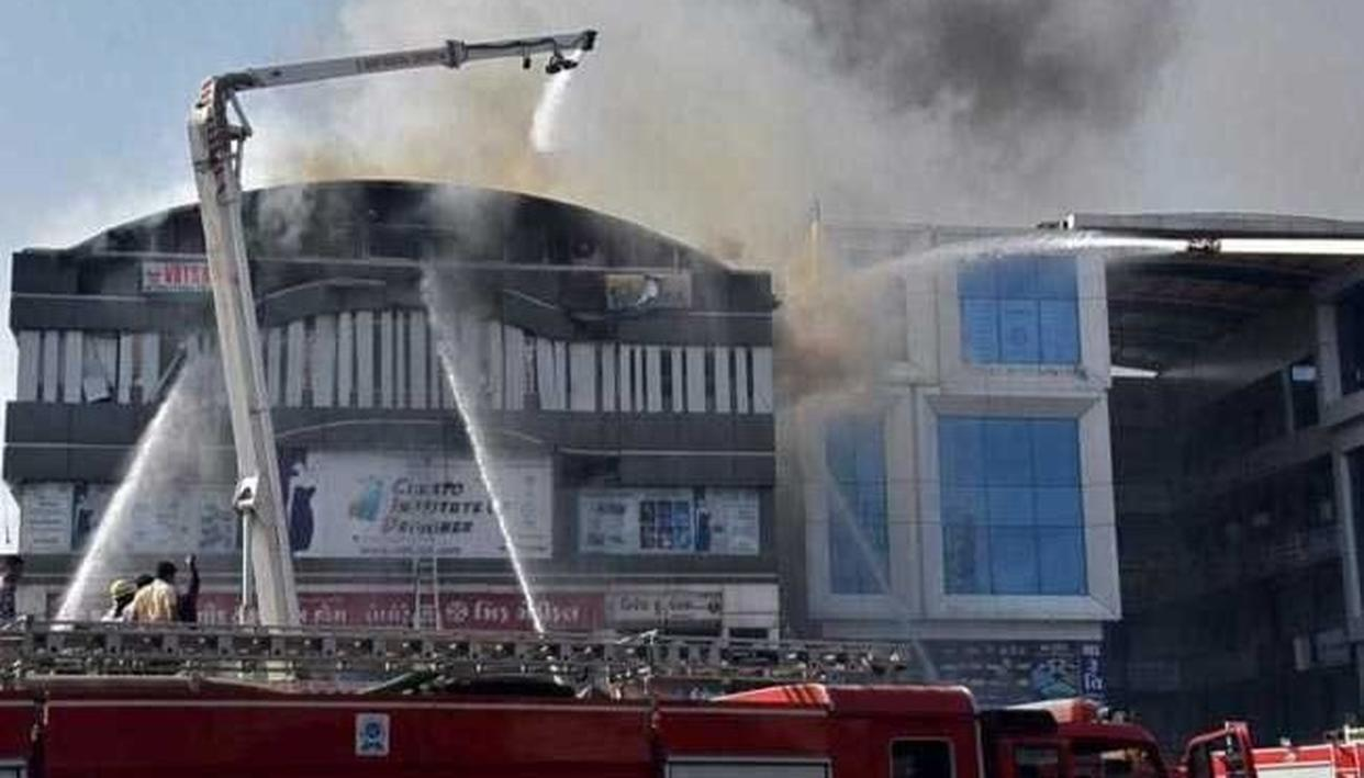 AFTER SURAT INCIDENT, DELHI FIRE DEPARTMENT TO CONDUCT SAFETY AUDIT