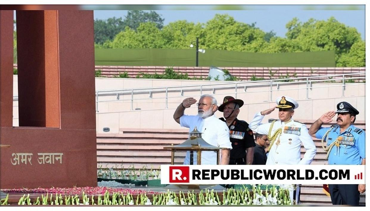 PM NARENDRA MODI PAYS TRIBUTE TO MARTYRS AT NATIONAL WAR MEMORIAL