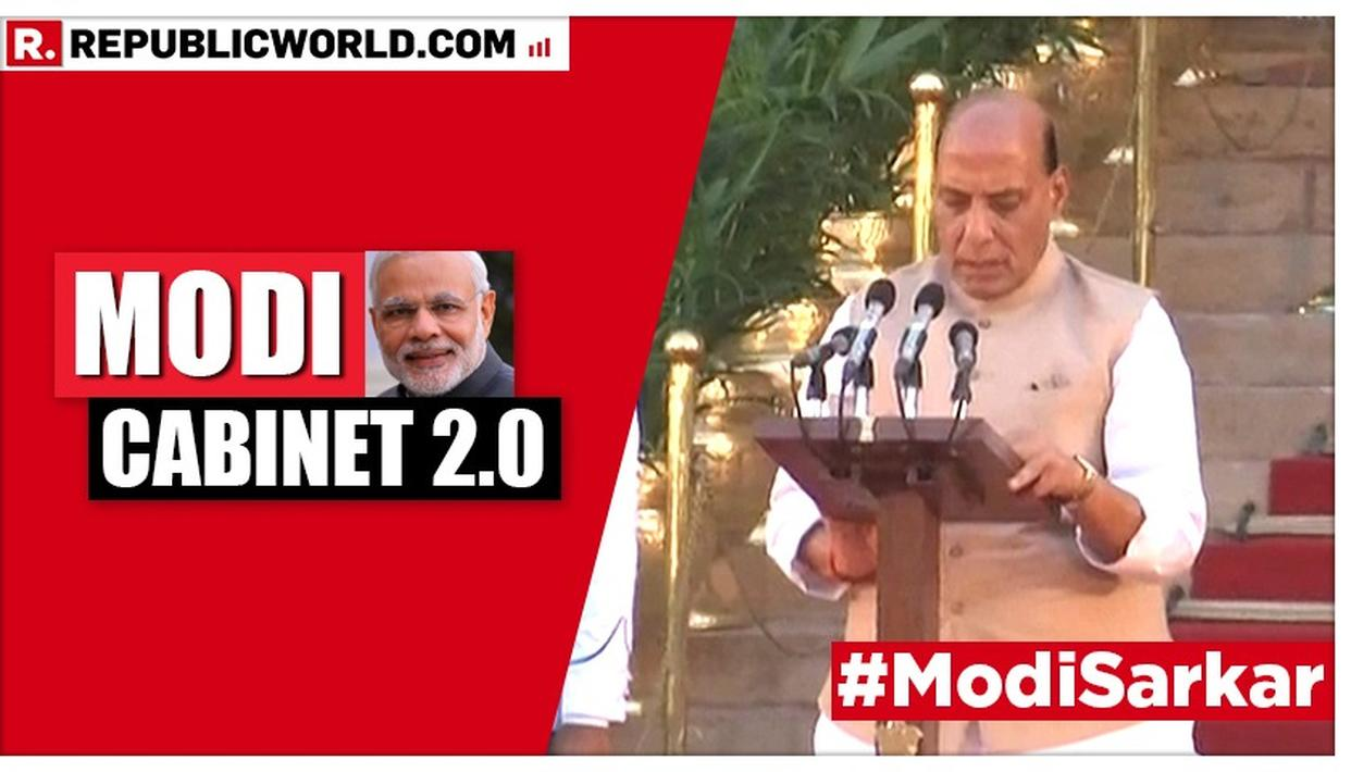 WATCH | RAJNATH SINGH TAKES OATH AS A NEWLY-INDUCTED CABINET MINISTER IN THE MODI CABINET 2.0 AT THE SWEARING-IN CEREMONY AT RASHTRAPATI BHAVAN