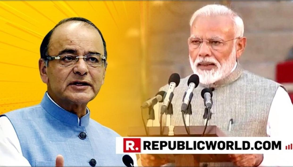 ARUN JAITLEY WISHES PM MODI AND HIS NEWLY-INDUCTED COUNCIL OF MINISTERS AS THEY TAKE OATH AT RASHTRAPATI BHAVAN