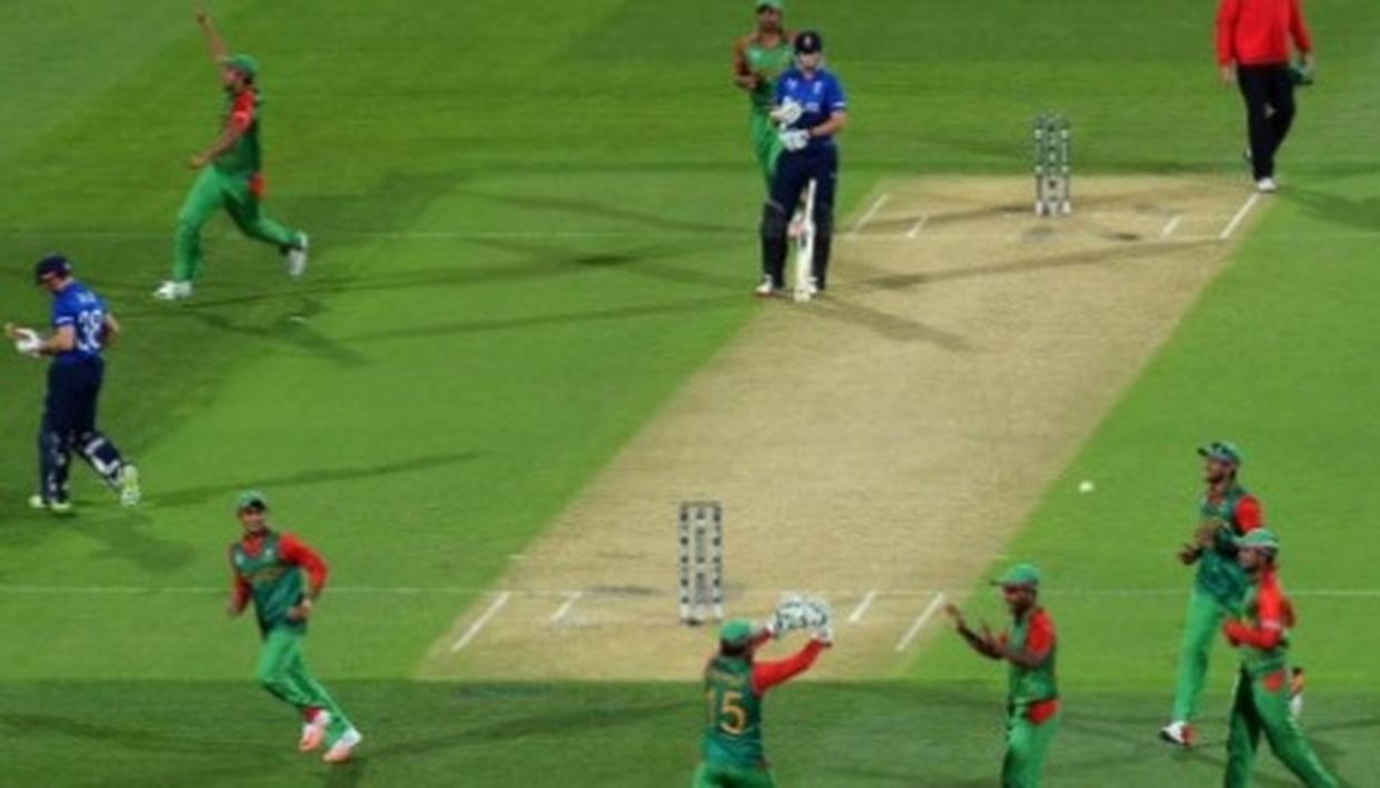 WORLD CUP 2019 | UPSET ON THE CARDS? AHEAD OF ENGLAND-BANGLADESH FACE OFF, ICC SHARES A THROWBACK PICTURE OF THE FAMOUS ENCOUNTER BETWEEN THE TWO TEAMS FROM THE 2015 EDITION