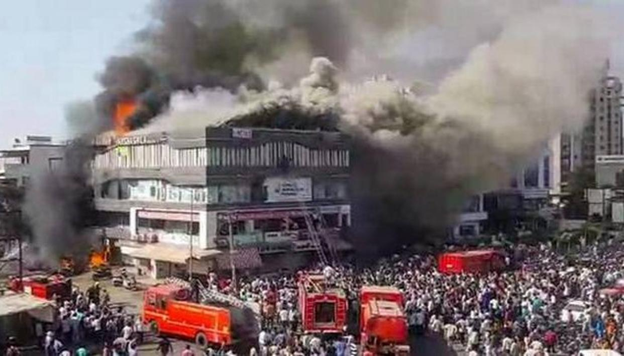 GUJARAT HIGH COURT SEEKS PROBE REPORT FROM STATE GOVERNMENT ON SURAT FIRE TRAGEDY
