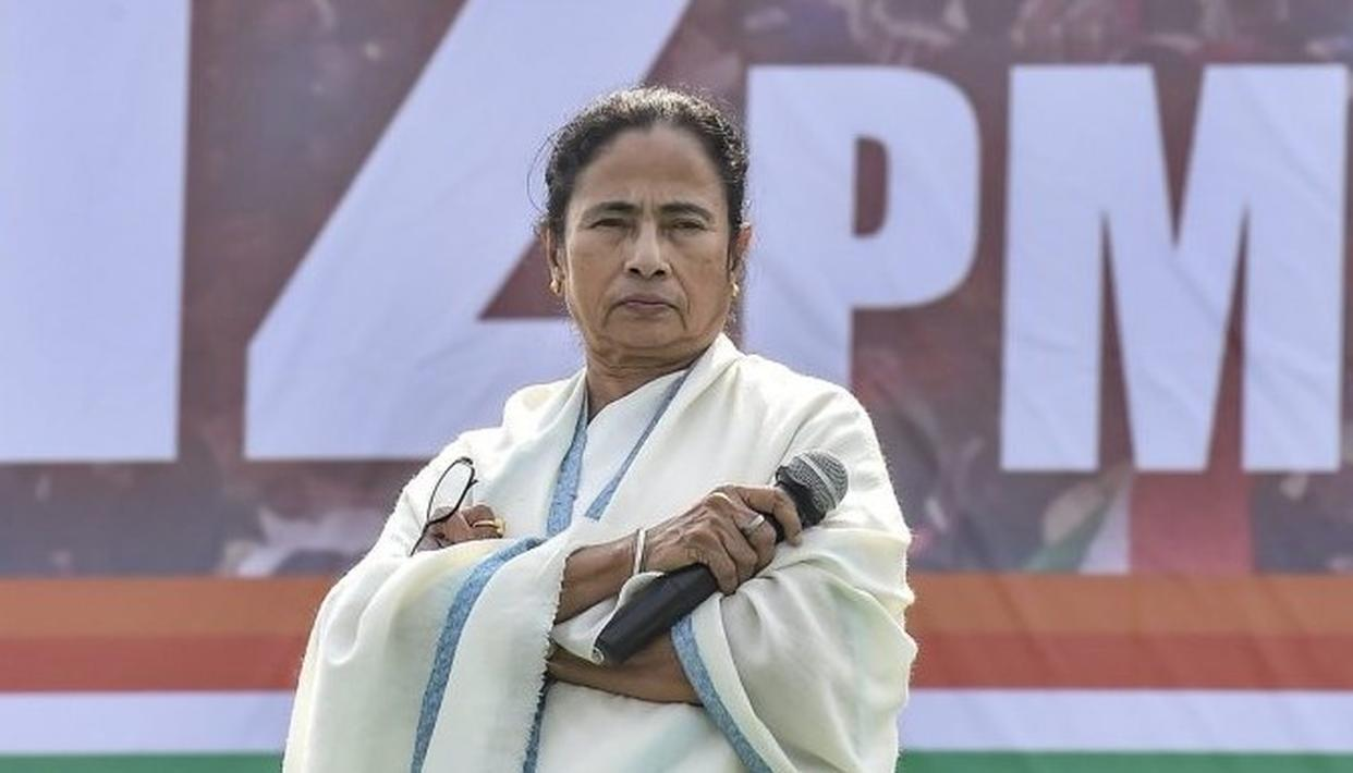 """""""IF YOU ARE COMING TO BENGAL YOU HAVE TO SPEAK IN BENGALI,"""" SAYS WEST BENGAL CM MAMATA BANERJEE ISSUES NEW DICTUM"""