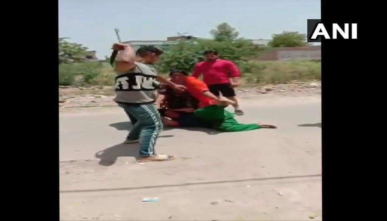 BROTHER OF LOCAL CONGRESS LEADER ALLEGEDLY THRASHES WOMAN IN PUNJAB AFTER A FIGHT OVER MONEY