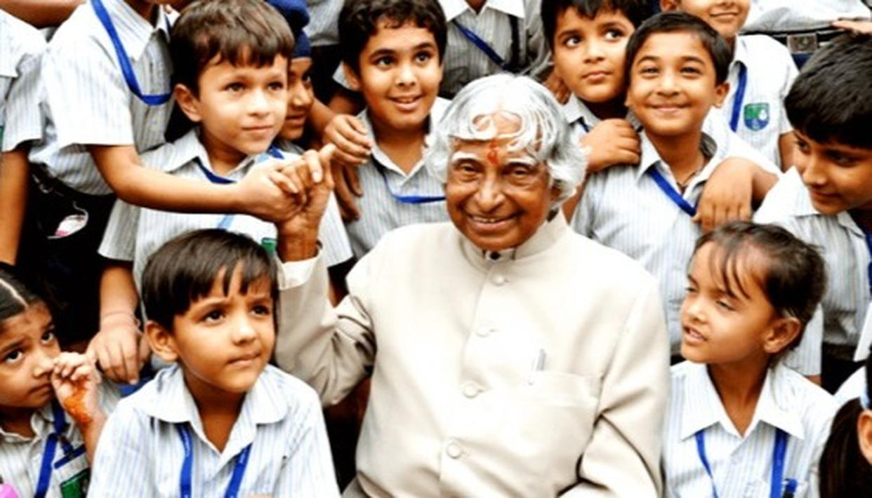ANAND BHASKAR RAPOLU PROPOSES TO DECLARE KALAM'S BIRTHDAY AS NATIONAL STUDENTS DAY