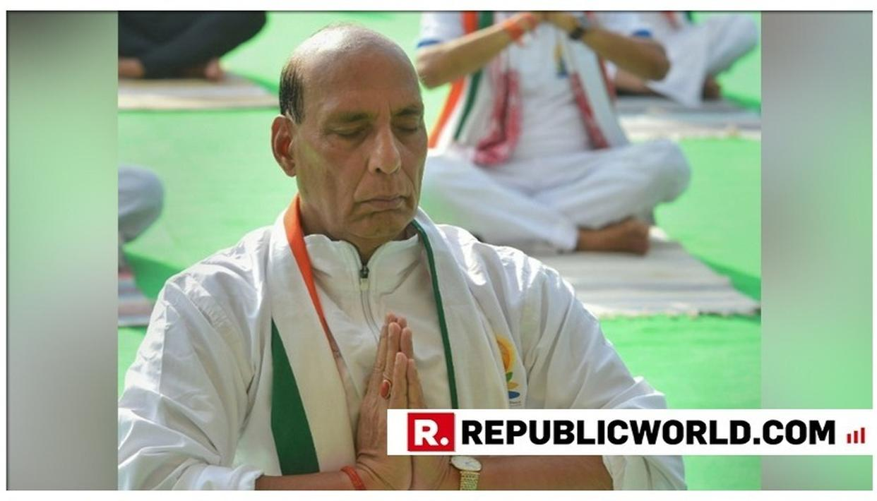 INTERNATIONAL YOGA DAY 2019: DEFENCE MINISTER RAJNATH SINGH PERFORMS YOGA IN DELHI