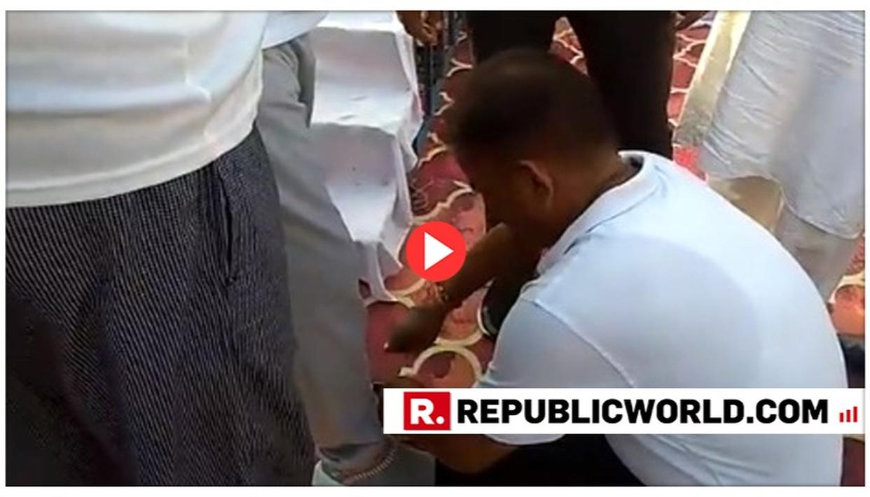 CAUGHT ON TAPE: UP MINISTER MAKES GOVERNMENT EMPLOYEE TIE HIS SHOELACES DURING YOGA DAY EVENT IN SHAHJAHANPUR