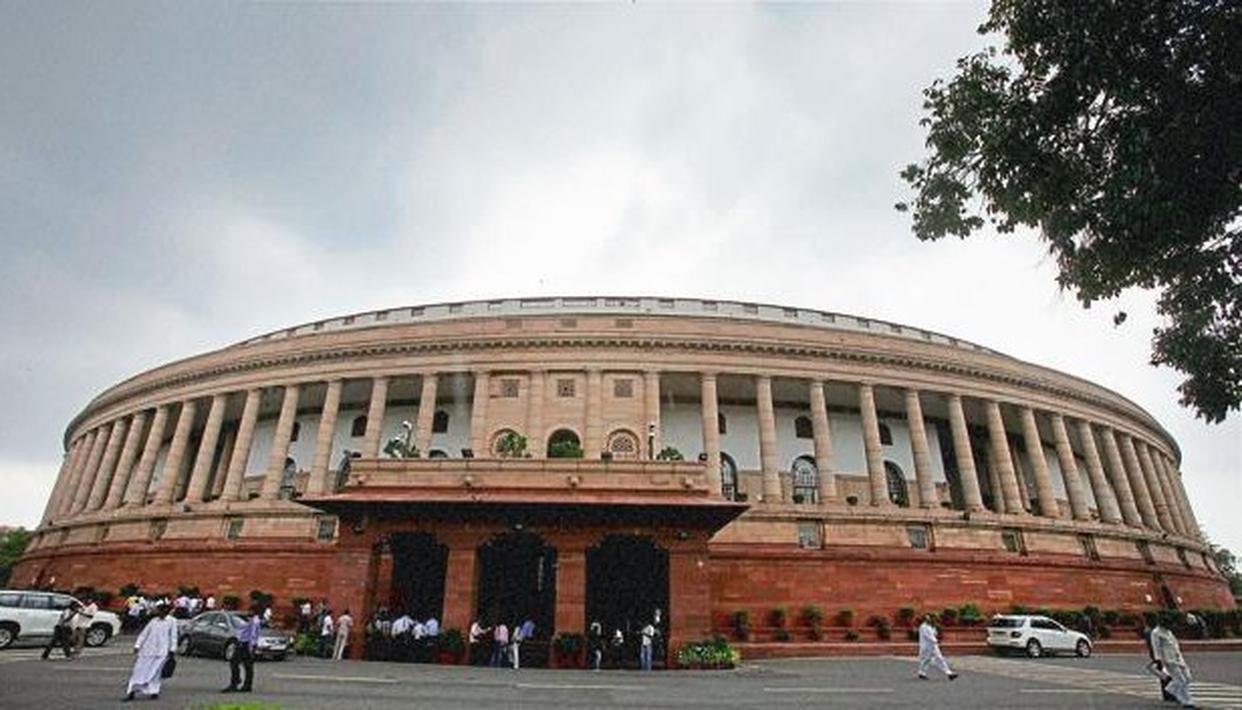 संसद में इस हफ्ते तीन तलाक विधेयक, जम्मू कश्मीर संबंधी प्रस्ताव पर होगी चर्चा