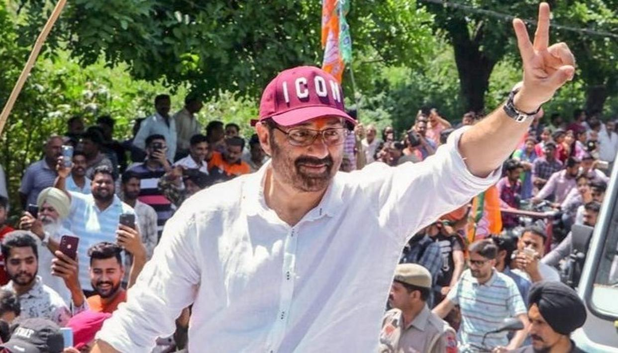 BJP'S SUNNY DEOL HIRES PROXY TO LOOK AFTER HIS GURDASPUR CONSTITUENCY, RECEIVES FLAK FROM CONGRESS FOR 'BETRAYING' VOTERS