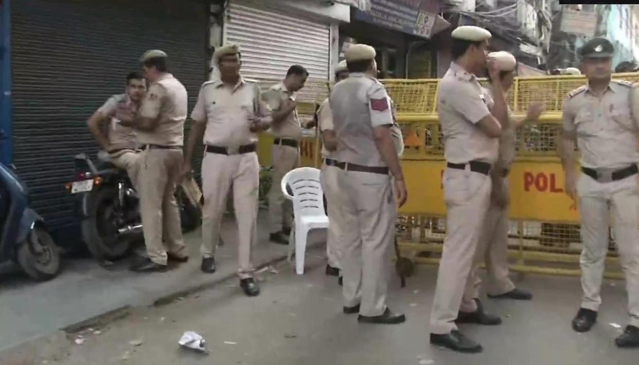 3 ARRESTED, MP HARSH VARDHAN APPEALS FOR HARMONY AS TEMPLE VANDALISED IN HAUZ QAZI AREA OF DELHI