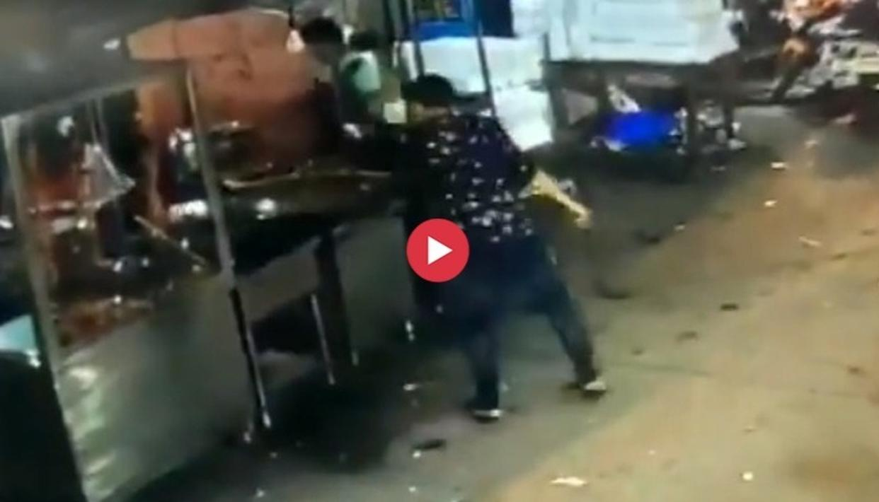 WATCH: DELHI MAN VANDALISES SHOPS, THREATENS PEOPLE WITH HUGE KNIFE AS THEY FLEE